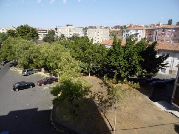 Bilocale Catania Via Piemonte 1