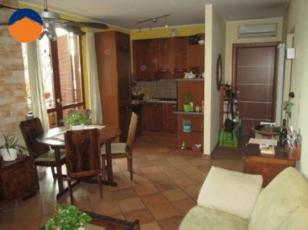 Bilocale Bollate Via Montanari, 15 3