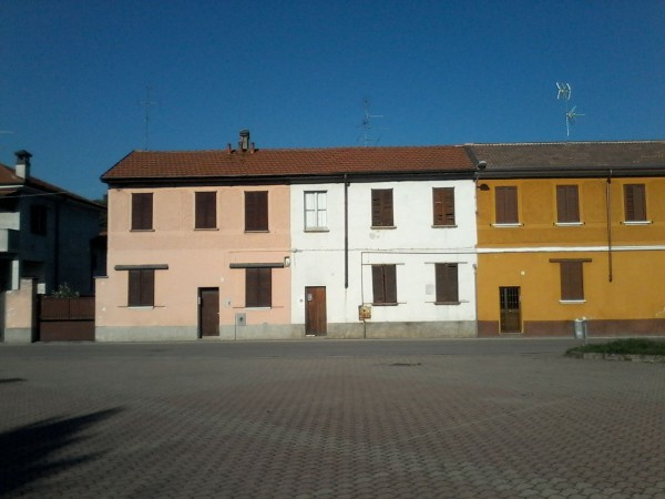 Bilocale Casorezzo Via Inveruno 3