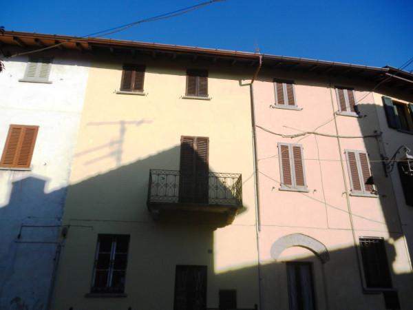 Bilocale Gazzada Schianno Via C. Cerea 8