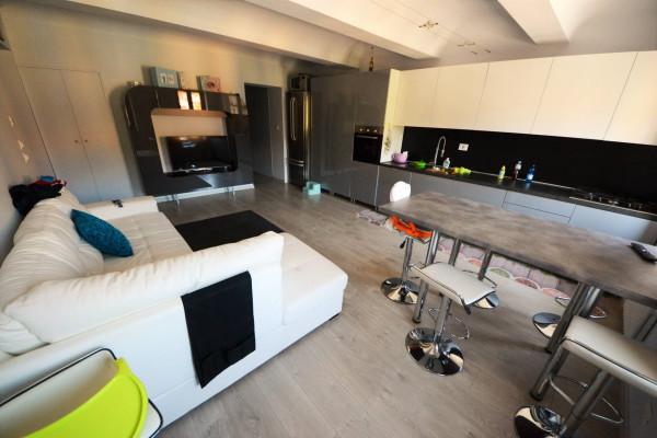 Appartamento in Vendita a Grinzane Cavour Centro: 4 locali, 120 mq