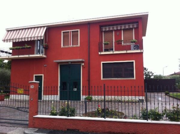Magazzino in affitto a Brescia, 9999 locali, prezzo € 1.000 | Cambio Casa.it