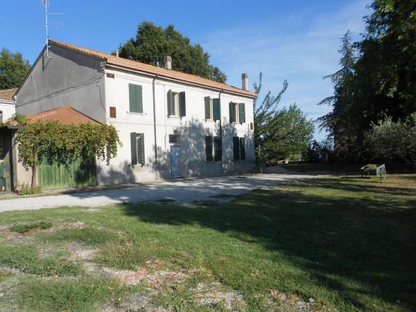 Rustico / Casale in vendita a Ravenna, 6 locali, prezzo € 210.000 | Cambio Casa.it