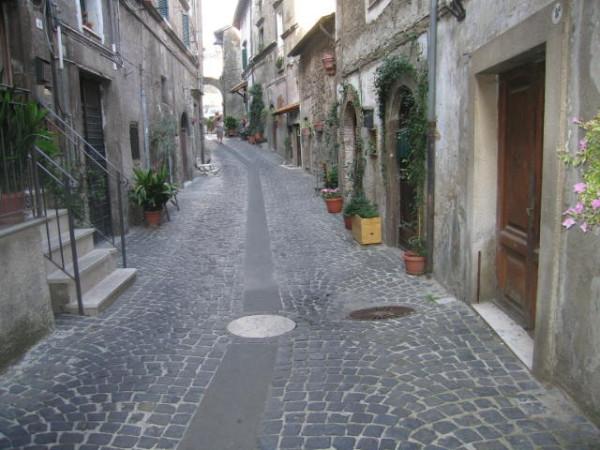 Bilocale Canepina Via Porta Piaggie 3