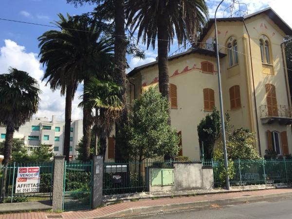 Appartamento in Vendita a Sestri Levante Periferia: 5 locali, 300 mq