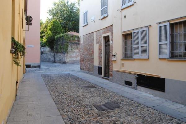 Bilocale Pavia Via Porta Pertusi 1