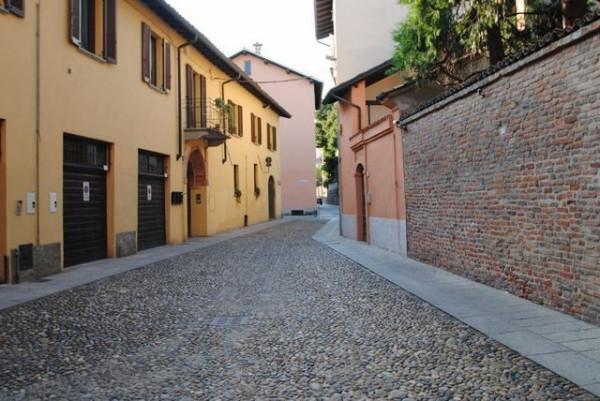 Bilocale Pavia Via Porta Pertusi 3
