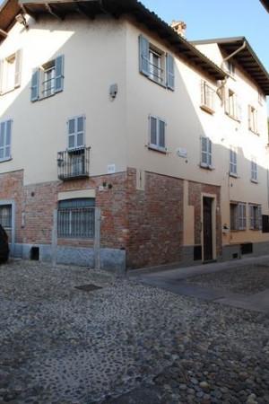 Bilocale Pavia Via Porta Pertusi 4