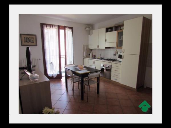 Bilocale Roverbella Via Solferino E San Martino 3