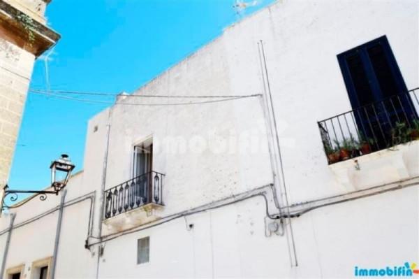 Appartamento in vendita a Oria, 6 locali, prezzo € 85.000 | Cambio Casa.it