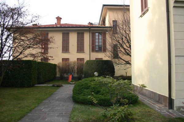 Appartamento in vendita a Barzanò, 4 locali, prezzo € 345.000 | CambioCasa.it