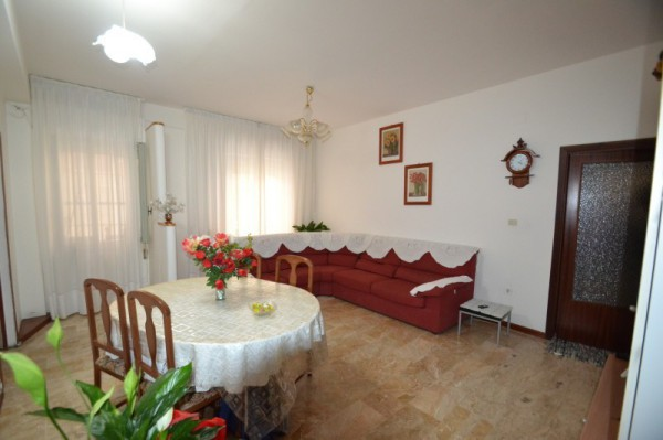 Appartamento in vendita a Ripatransone, 3 locali, prezzo € 75.000 | CambioCasa.it