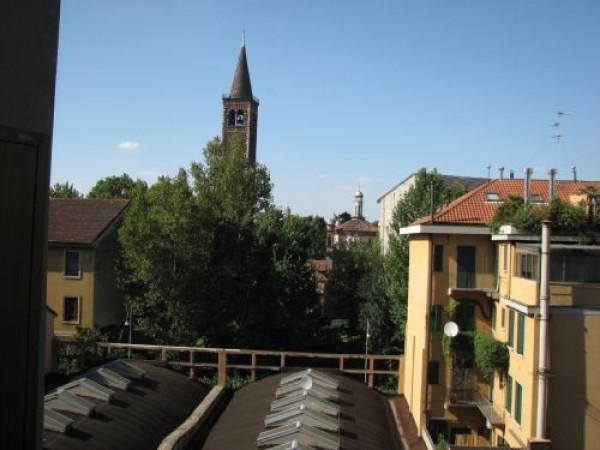 Bilocale Milano Viale Gian Galeazzo 8