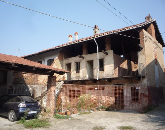 Soluzione Indipendente in vendita a Caluso, 6 locali, prezzo € 32.000 | Cambio Casa.it