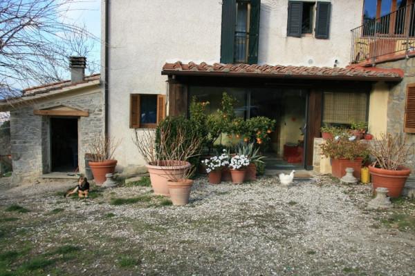 Rustico in Vendita a Arezzo Periferia Sud: 4 locali, 90 mq