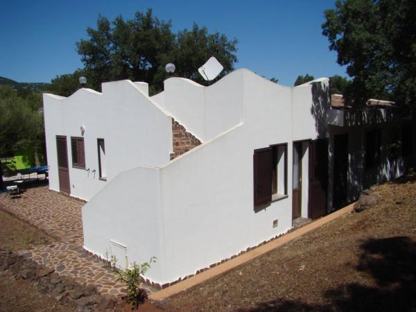 Rustico / Casale in vendita a Dorgali, 6 locali, prezzo € 370.000 | Cambio Casa.it
