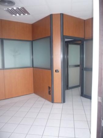 Ufficio / Studio in affitto a Caluso, 6 locali, prezzo € 1.450 | Cambio Casa.it