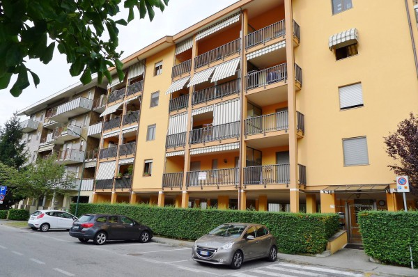 Appartamento in Vendita a Orbassano Centro: 2 locali, 70 mq