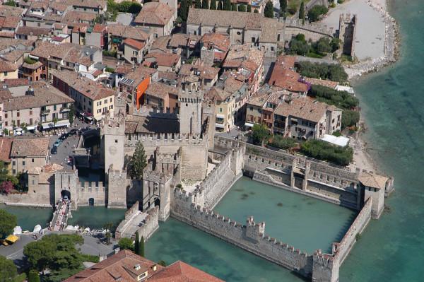 Bilocale Sirmione Via Caravaggio 8