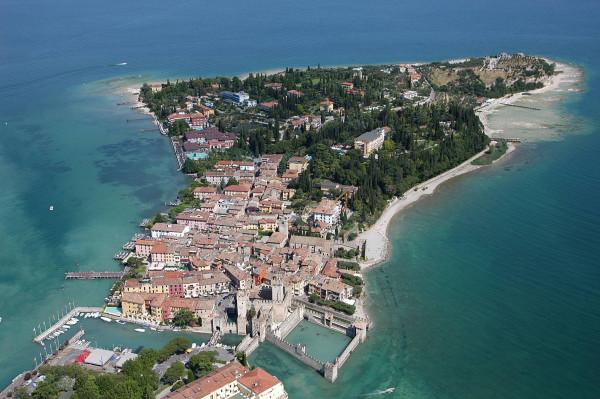 Bilocale Sirmione Via Caravaggio 9