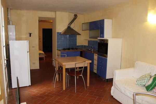 Bilocale Lucca Via San Tommaso 7