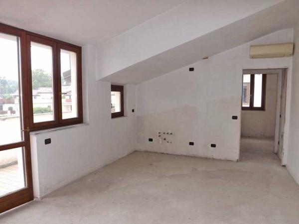 Appartamento in vendita a Brebbia, 2 locali, prezzo € 60.000 | Cambio Casa.it