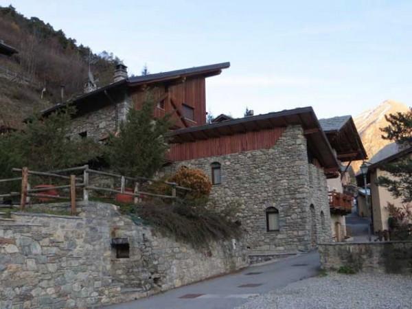 Villa in vendita a Valpelline, 6 locali, prezzo € 210.000 | Cambio Casa.it