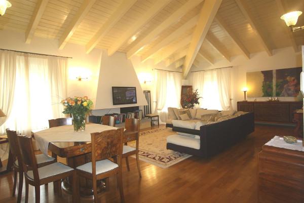Appartamento in vendita a Pistoia, 5 locali, Trattative riservate | Cambio Casa.it