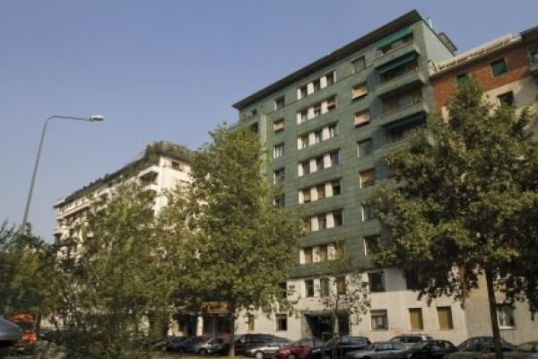 Bilocale Milano Viale Cassiodoro 1
