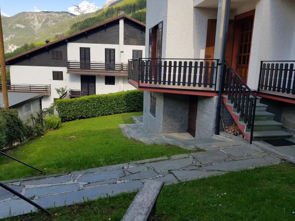 Villa in vendita a Caspoggio, 4 locali, Trattative riservate | Cambio Casa.it