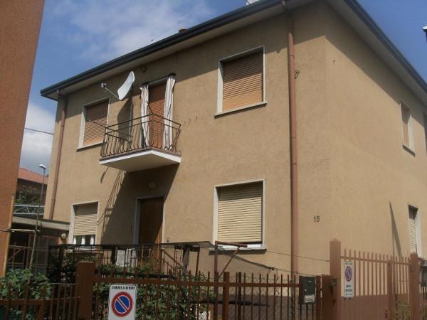 Appartamento in vendita a Nembro, 4 locali, prezzo € 85.000 | Cambio Casa.it