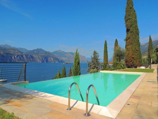 Appartamento in vendita a Brenzone, 4 locali, prezzo € 650.000 | Cambio Casa.it