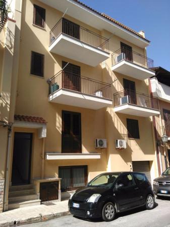 Appartamento in affitto a Terrasini, 3 locali, prezzo € 400 | Cambio Casa.it