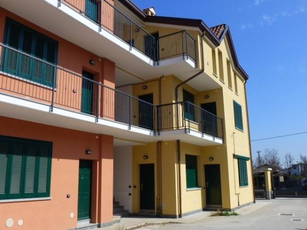 Bilocale Origgio Via Guglielmo Marconi 2