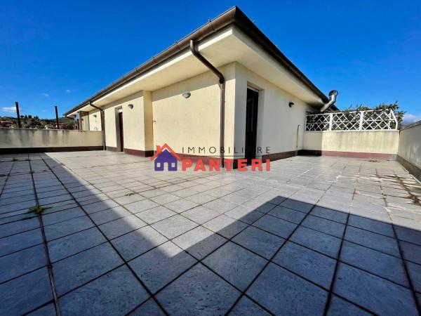 Attico / Mansarda in vendita a Pescia, 6 locali, prezzo € 330.000 | Cambio Casa.it