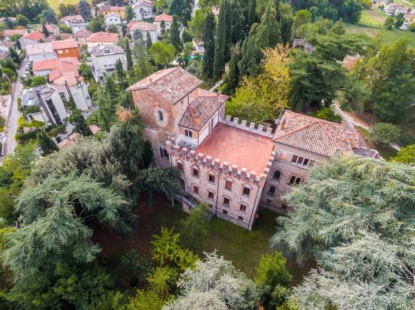 Villa in Vendita a Cesena Centro: 5 locali, 922 mq