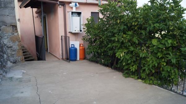 Soluzione Indipendente in vendita a Dragoni, 6 locali, prezzo € 65.000 | Cambio Casa.it