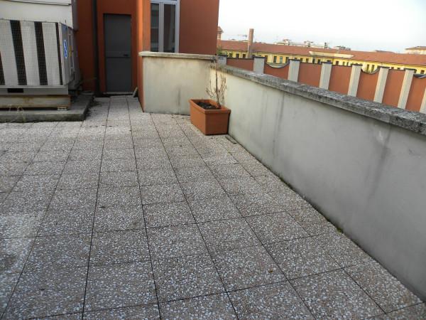 Bilocale Milano Via Attilio Momigliano 11