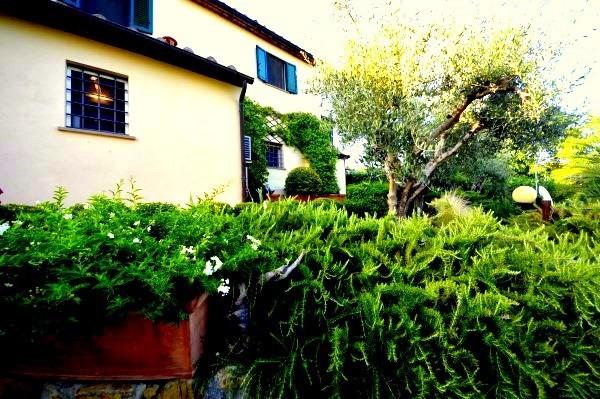 Rustico / Casale in vendita a Rosignano Marittimo, 6 locali, Trattative riservate | Cambio Casa.it