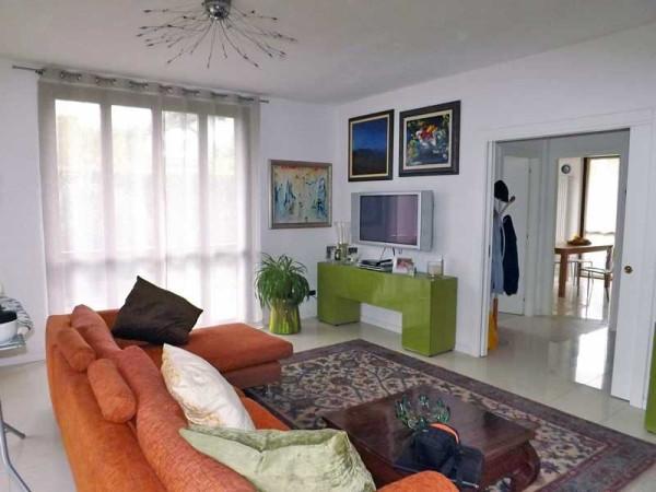 Villa a Schiera in vendita a Brebbia, 6 locali, prezzo € 295.000 | Cambio Casa.it