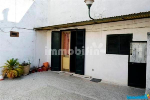Appartamento in vendita a Oria, 2 locali, prezzo € 85.000 | Cambio Casa.it