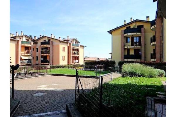 Bilocale Missaglia Via Riva 12