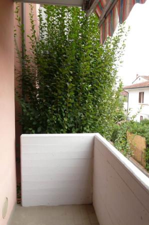 Bilocale Lucca Via Bonagiunta Urbiciani 5