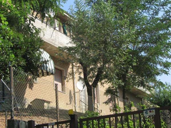 Appartamento in vendita a Monte San Pietro, 4 locali, prezzo € 115.000 | Cambio Casa.it