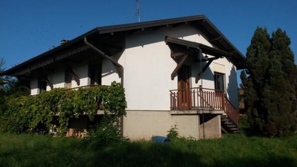 Villa in vendita a Appiano Gentile, 4 locali, prezzo € 215.000 | Cambio Casa.it