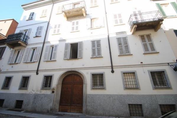 Bilocale Pavia Via Carpanelli 10