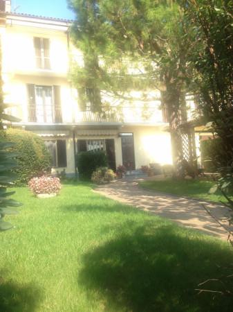 Villa in Vendita a Castello Di Annone Centro: 5 locali, 200 mq