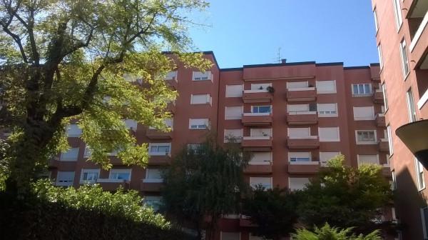 Bilocale Milano Via Vittorio Scialoia 1