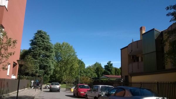 Bilocale Milano Via Vittorio Scialoia 8
