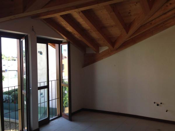 Bilocale Varese Via Francesco Guicciardini 4
